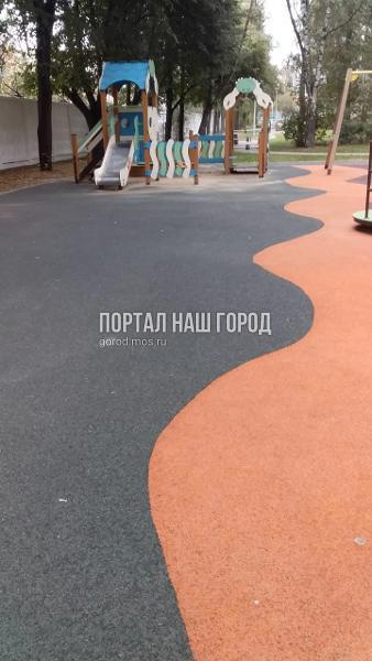Детскую площадку на 2-й Вольской привели в порядок по просьбе жителя
