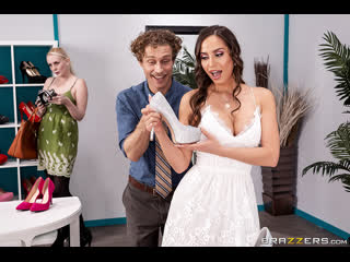 Brazzers - Feet First / Desiree Dulce & Michael Vegas