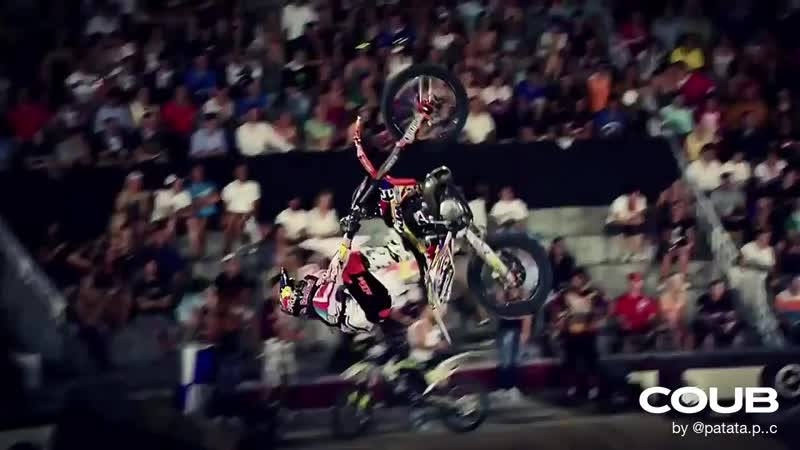 Signature Series - X-Fighters Munich. Track: Station Calling Arkasia