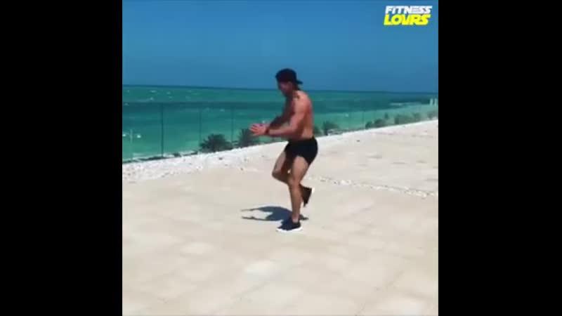 Упражнения для быстрого сжигания жира eghf;ytybz lkz ,scnhjuj c;bufybz ;bhf