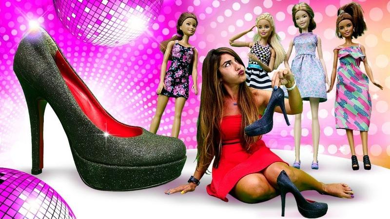 Barbie Ümiti partiye hazırlıyor! Komik kız çocuk videosu. Süslenme oyunu