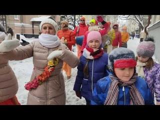 "Харинама ""Према Санкиртана"" на метро Маяковская,"