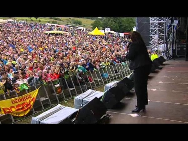 Andrea Jürgens - Ich hab Dir nie den Himmel versprochen Sauerland Open Air 2011