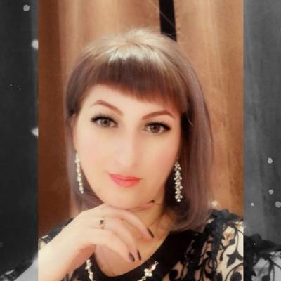 Юля Аманбаева