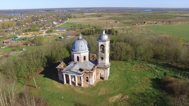 Введенская церковь в Броннице