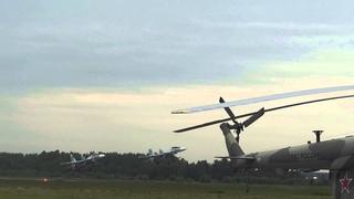 Взлет пары Су-30см. Аэродром Кубинка
