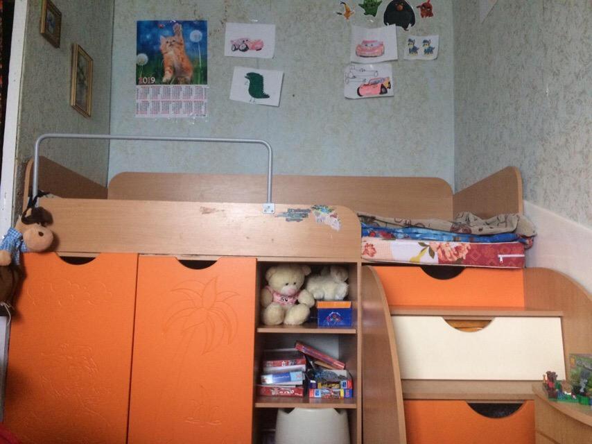 Продам кровать чердак 3в1 (стол,кровать,гардероб)3000 ₽