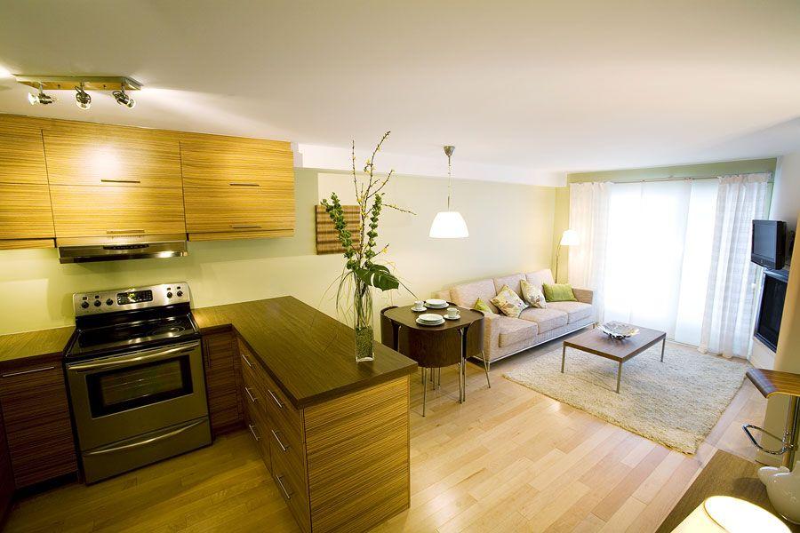 очень маленькая кухня-гостиная