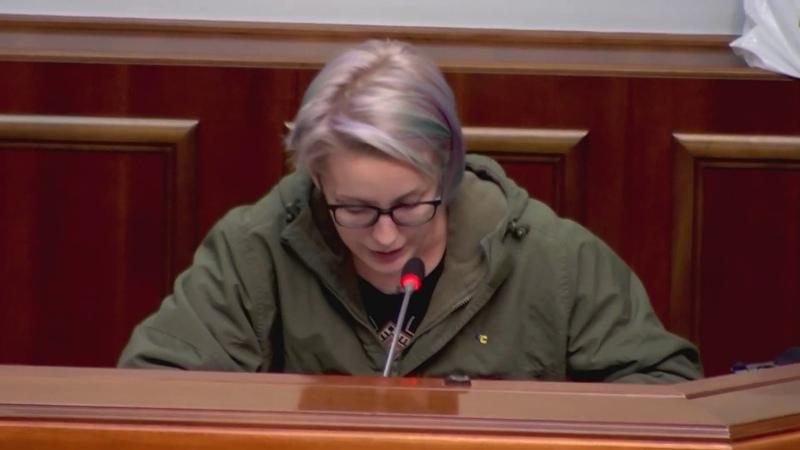Слуги народу не хотіли чути правду та кричали ганьба на адресу добровольця Яни Зінкевич