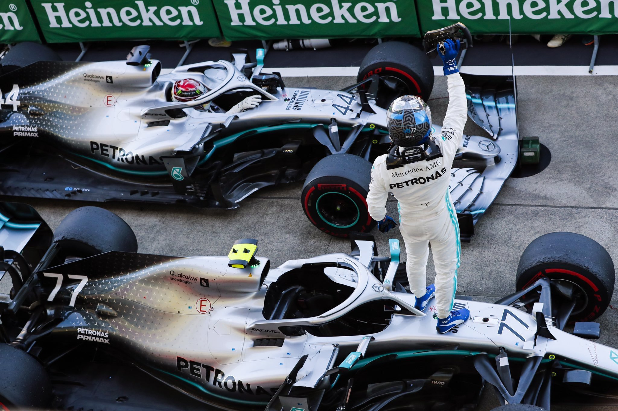 Mercedes - обладатели кубка конструкторов 2019 года!
