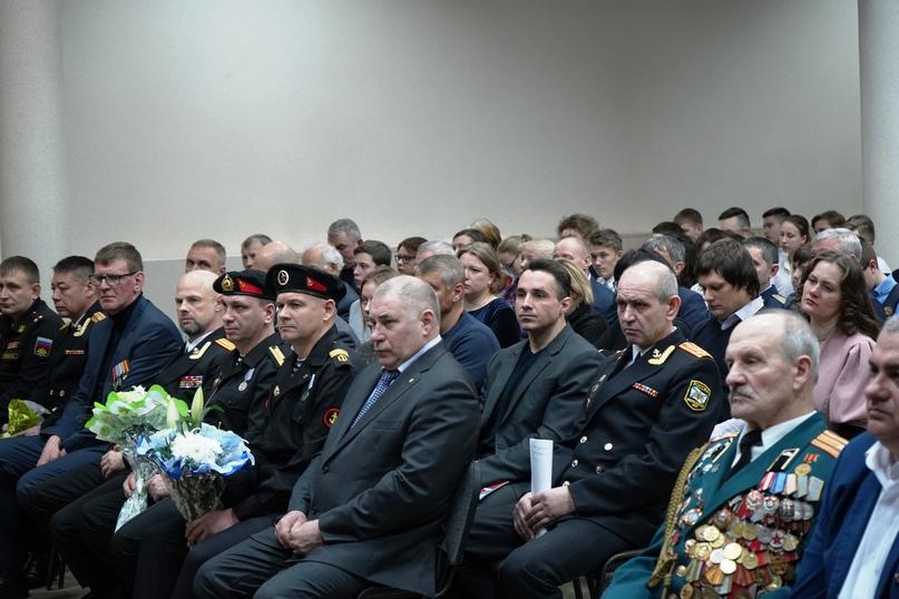 В Подмосковье почтили память Героя России Сергея Фирсова, изображение №2