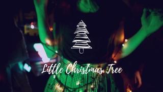 Roman Aleksejevnin — Little Christmas Tree
