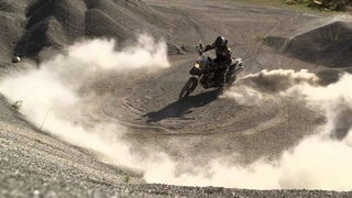 F 800 GS: on and off-road have never been so close together.