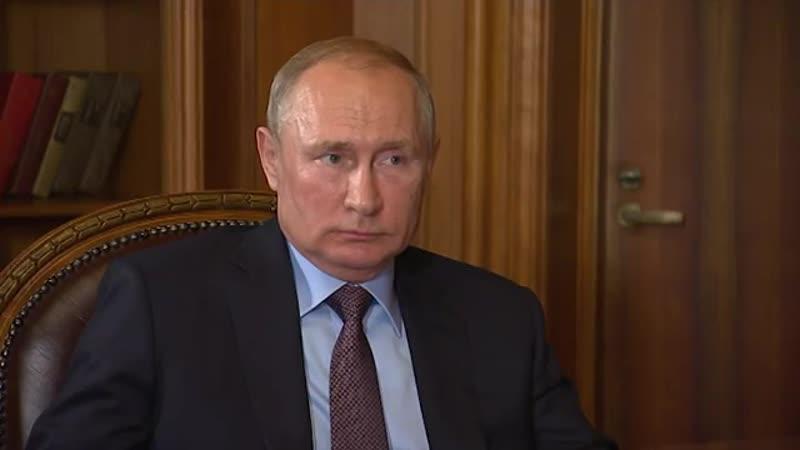Сергей Аксенов в ходе двусторонней встречи в Крыму доложил президенту как развивается полуостров