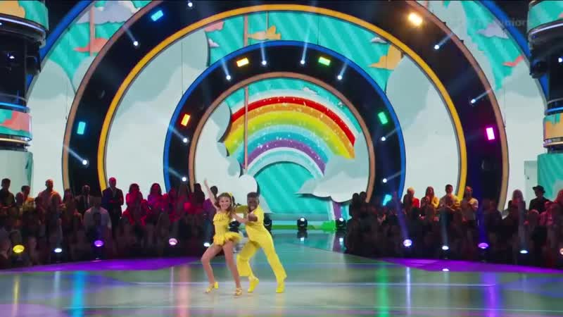 Ariana Artyons Cha Cha - DWTS Juniors (1)