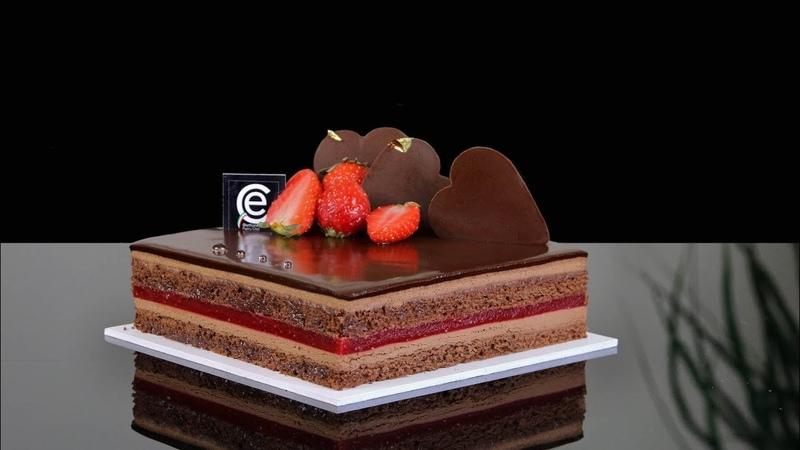 Tarta Sacher versión Fresa y Chocolate Sacher Cake Strawberry and Chocolate version