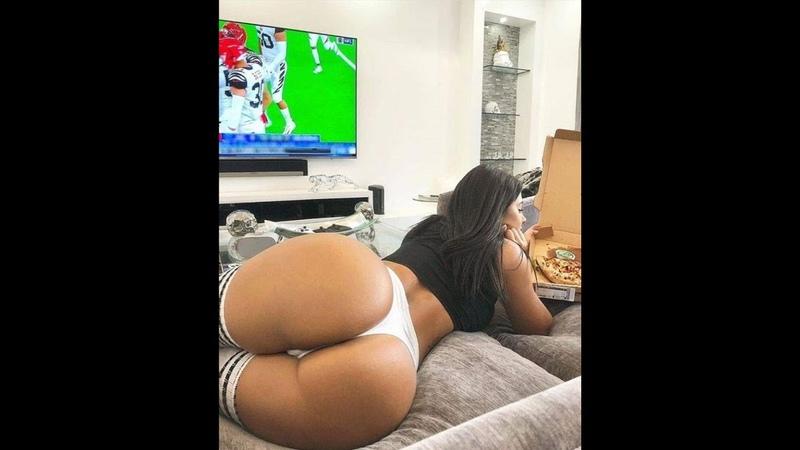 18 BEAUTIFUL NAKED SEXY GIRLS SEX EROTICA 18 super hot white girl twerk