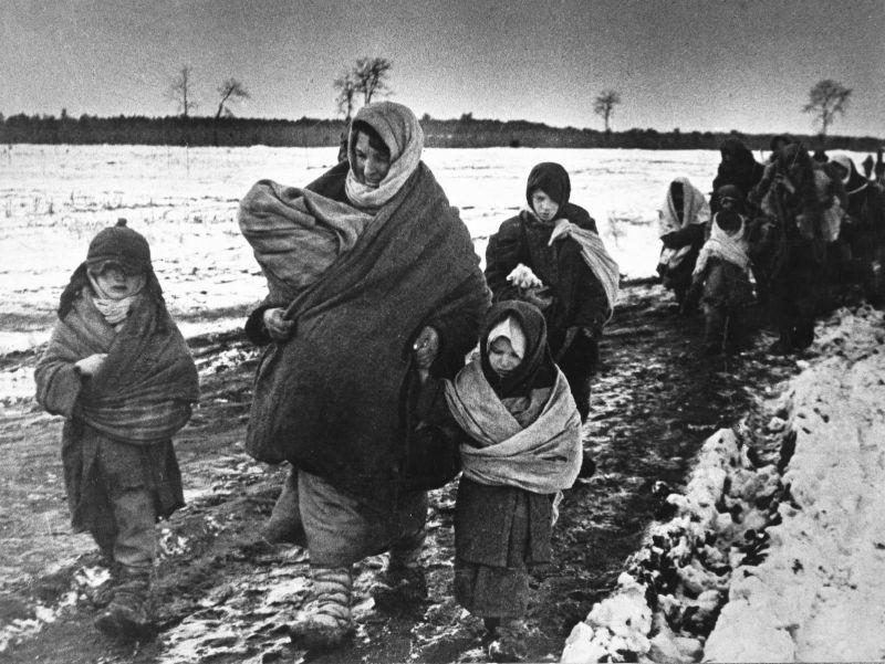 «По дорогам войны», Великая Отечественная война, Беженцы, 1943