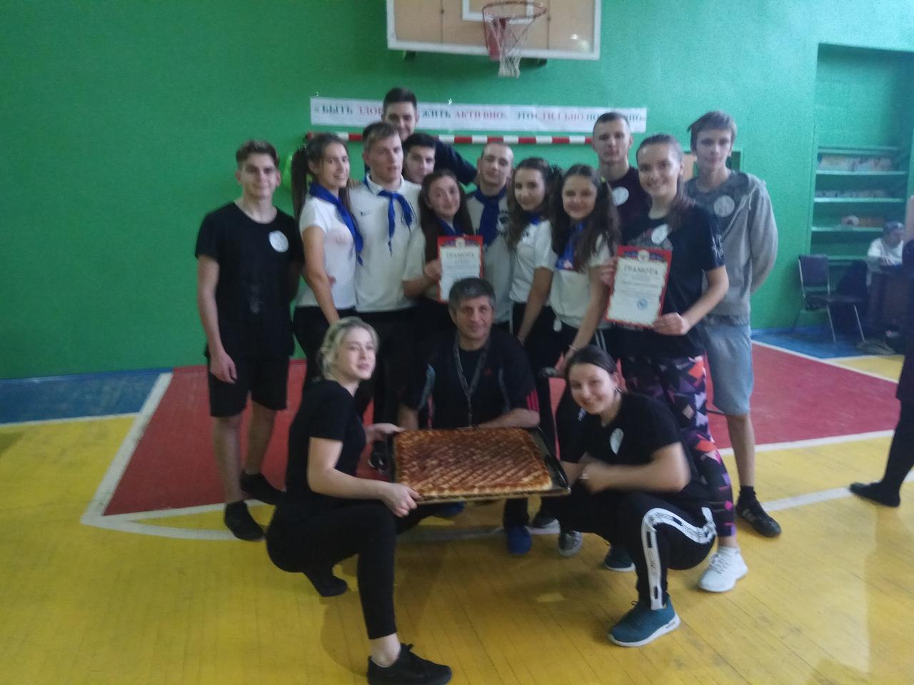 Спортивный праздник «Здоровым быть здорово!» прошёл в Кировском районе
