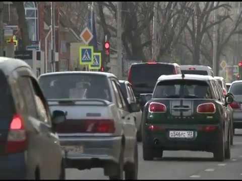 Краснодарцам напомнили, что поставить машину на учет можно через портал государственных услуг