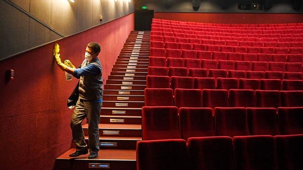 Ассоциация владельцев кинотеатров опубликовала очередное открытие письмо. Кратко и тезисно, что она хочет донести в этот раз