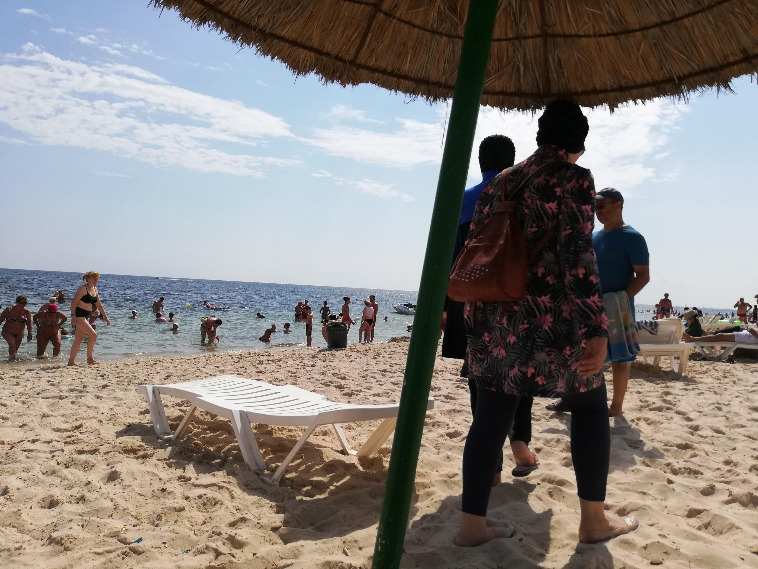 Отдых в Тунисе: яркие краски буркини