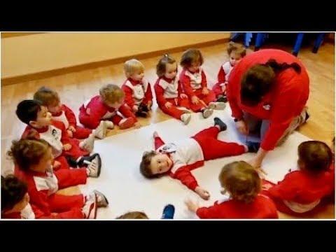 Reconociendo nuestro cuerpo en Escuela Infantil Pecas