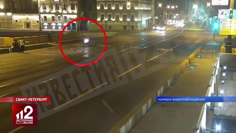 Мотоциклист погиб в реке безрассудный трюк видео
