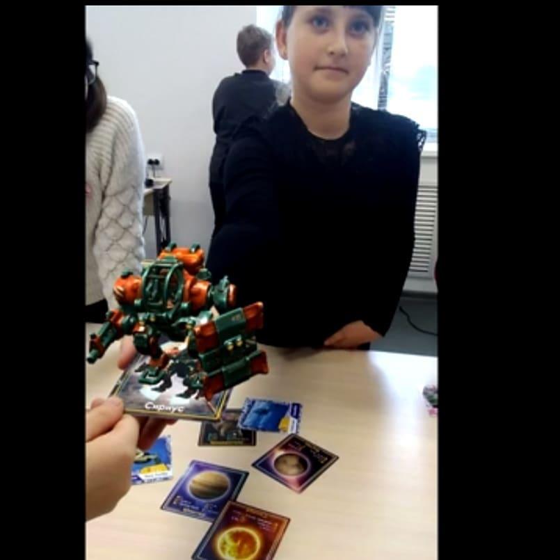 В Центре «Точка роста» школы №1 города Петровска школьники осваивают программы дополненной реальности