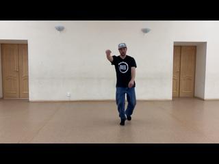 Andrey  Sneik popping practice