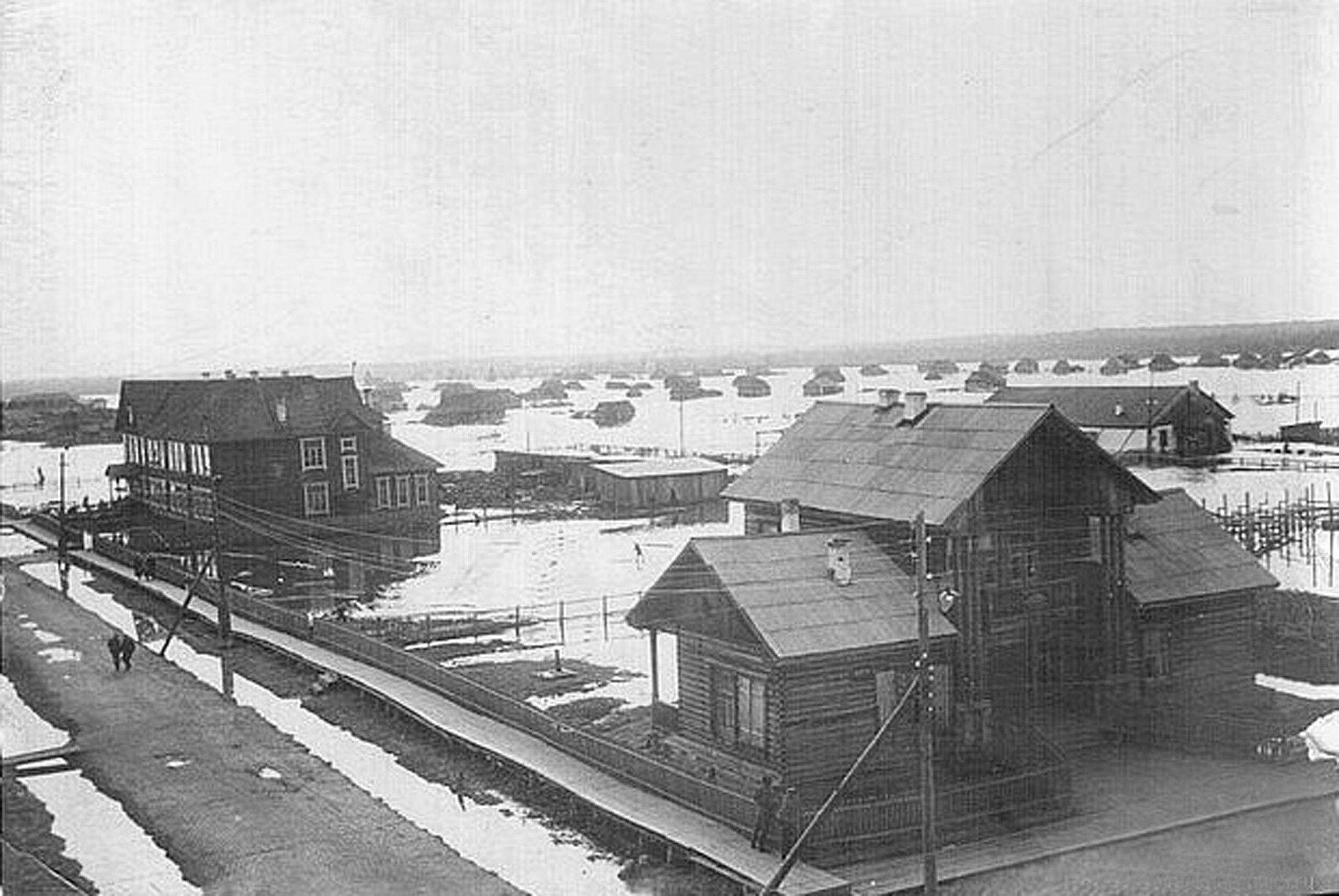 Фото 1961-го года, сильный паводок в посёлке
