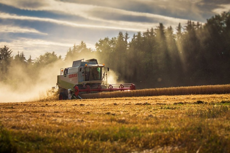 Фермерские хозяйства Оренбургской области продолжают обновлять парк сельскохозяйственной техники