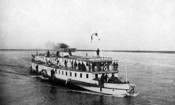 Сибирский «Титаник». Новониколаевск (сейчас Новосибирск), 10 мая 1921 года. Пароход с милым названием «Кормилец» спустили на воду в 1892 году. Посудина длиной почти 52 метра, развивавшая