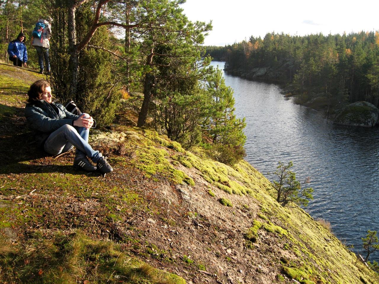 Одно из самых красивых озер Ленинградской области хотят уничтожить.