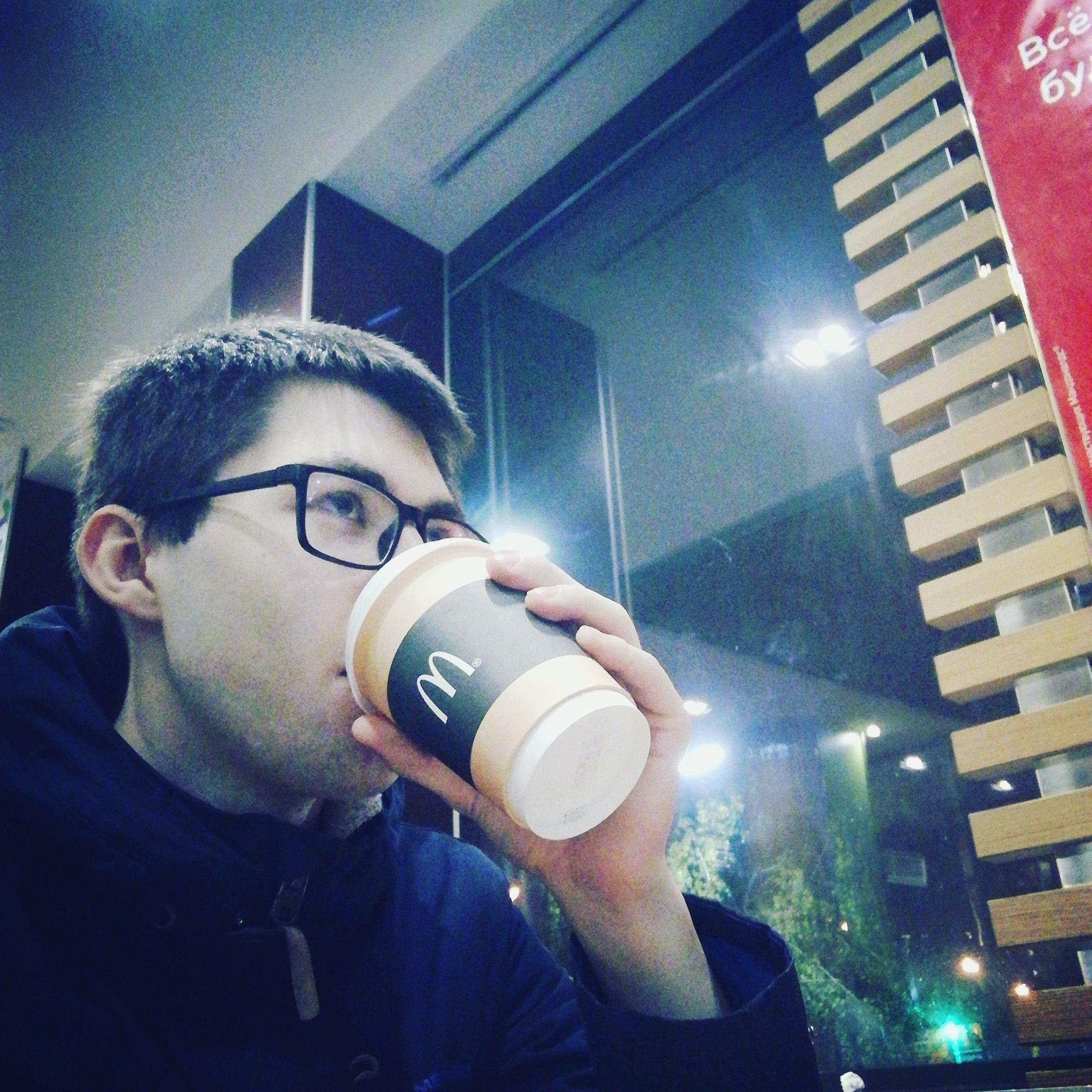 Дмитрий, 26, Yem-Yugan