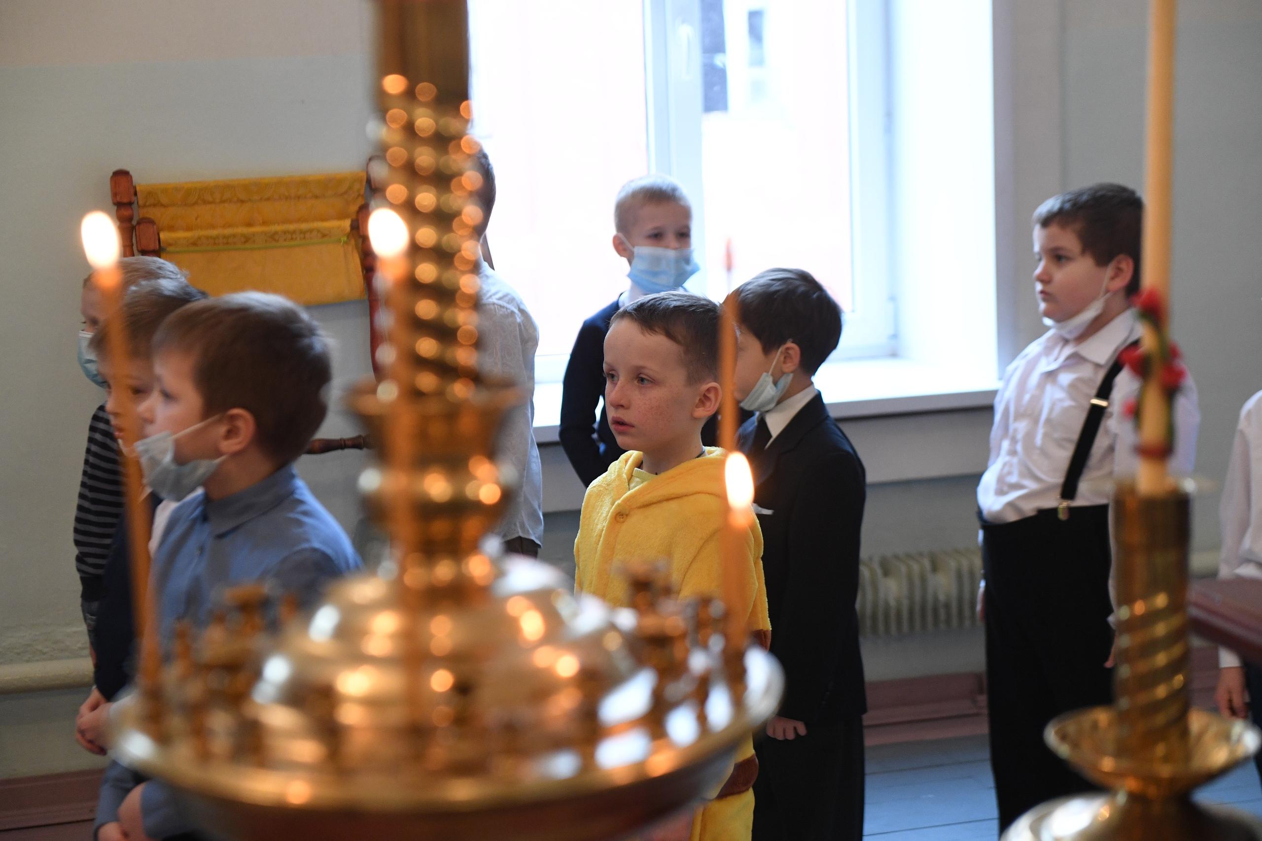 Игорь Руденя поздравил учеников Тверской епархиальной школы с Рождеством