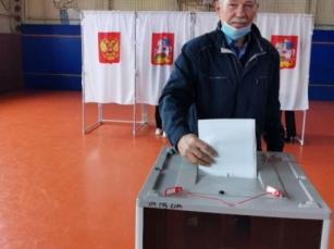 Анатолий Борисович Миланов, член совета ветеранов войны, труда, Вооруженных сил и правоохранительных