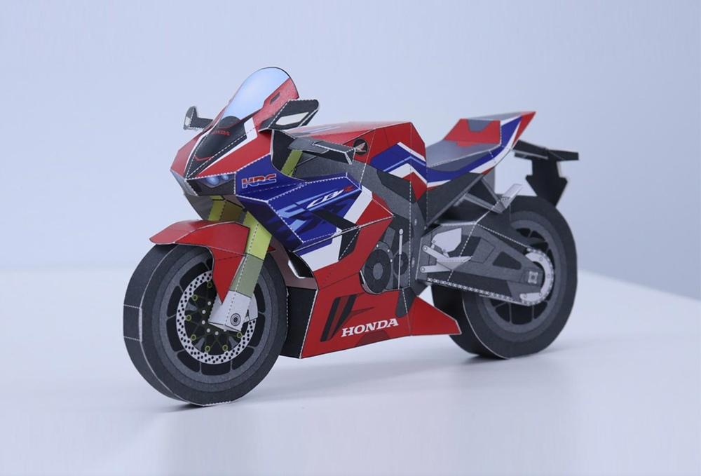 Бумажный мотоцикл Honda CBR1000RR-R