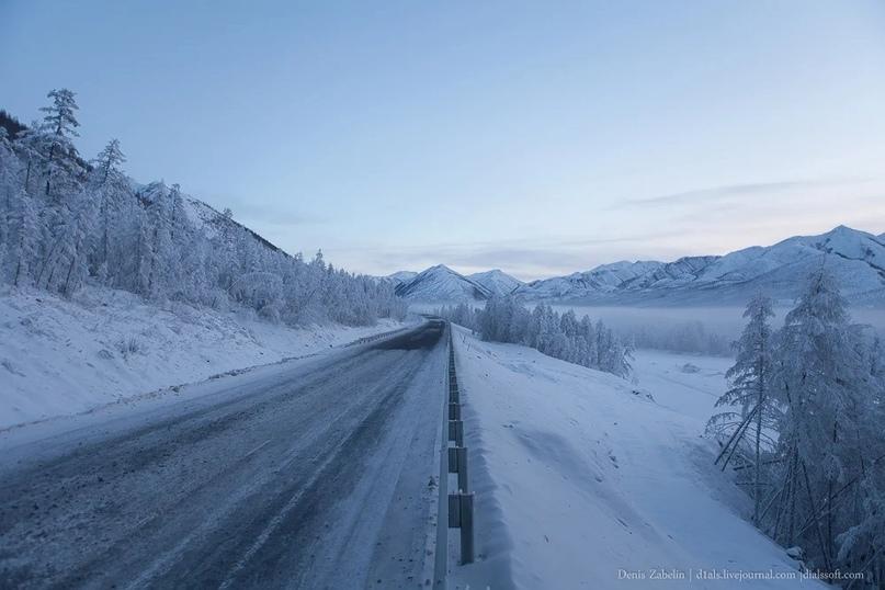 В результате ДТП перекрыто движение на трассе «Колыма»