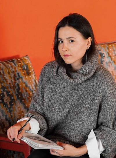 Алёна Меженькова