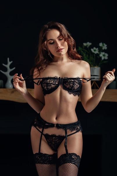 Nicole young nackt