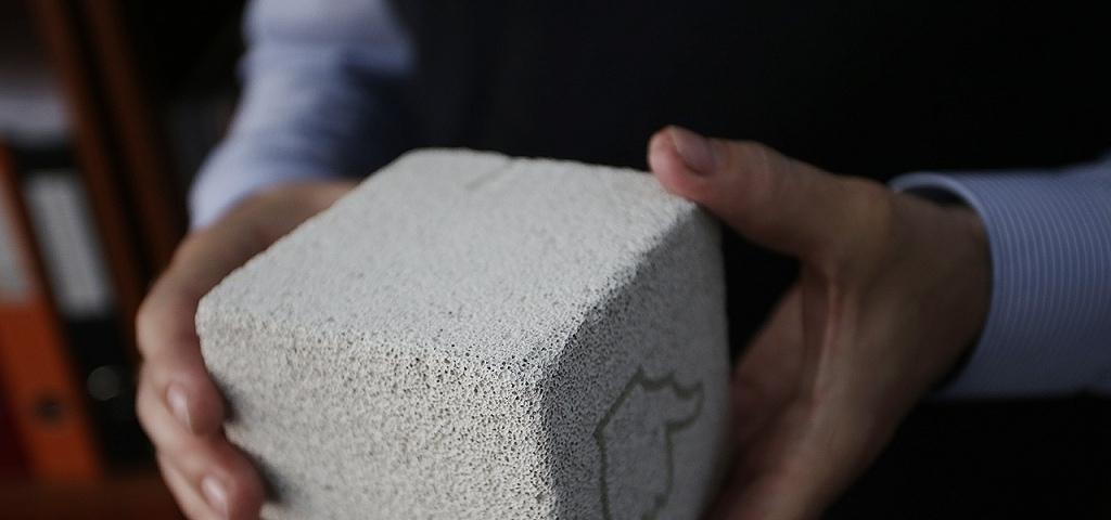 Представлен первый вмире аккумулятор наоснове цемента
