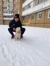 Максим Дмитриев на прогулке с собачкой Молли