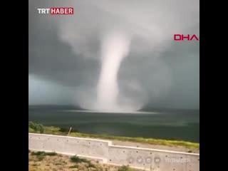 Торнадо в Стамбуле