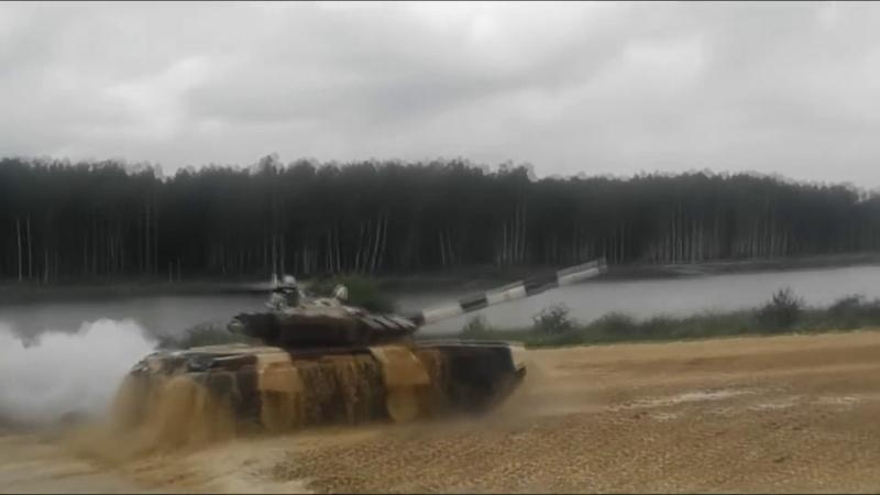 Танковый биатлон Арабский дрифт с переворотом на танке Т 72Б3 EE88