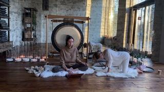 Кошка корова и медитация 10 тел