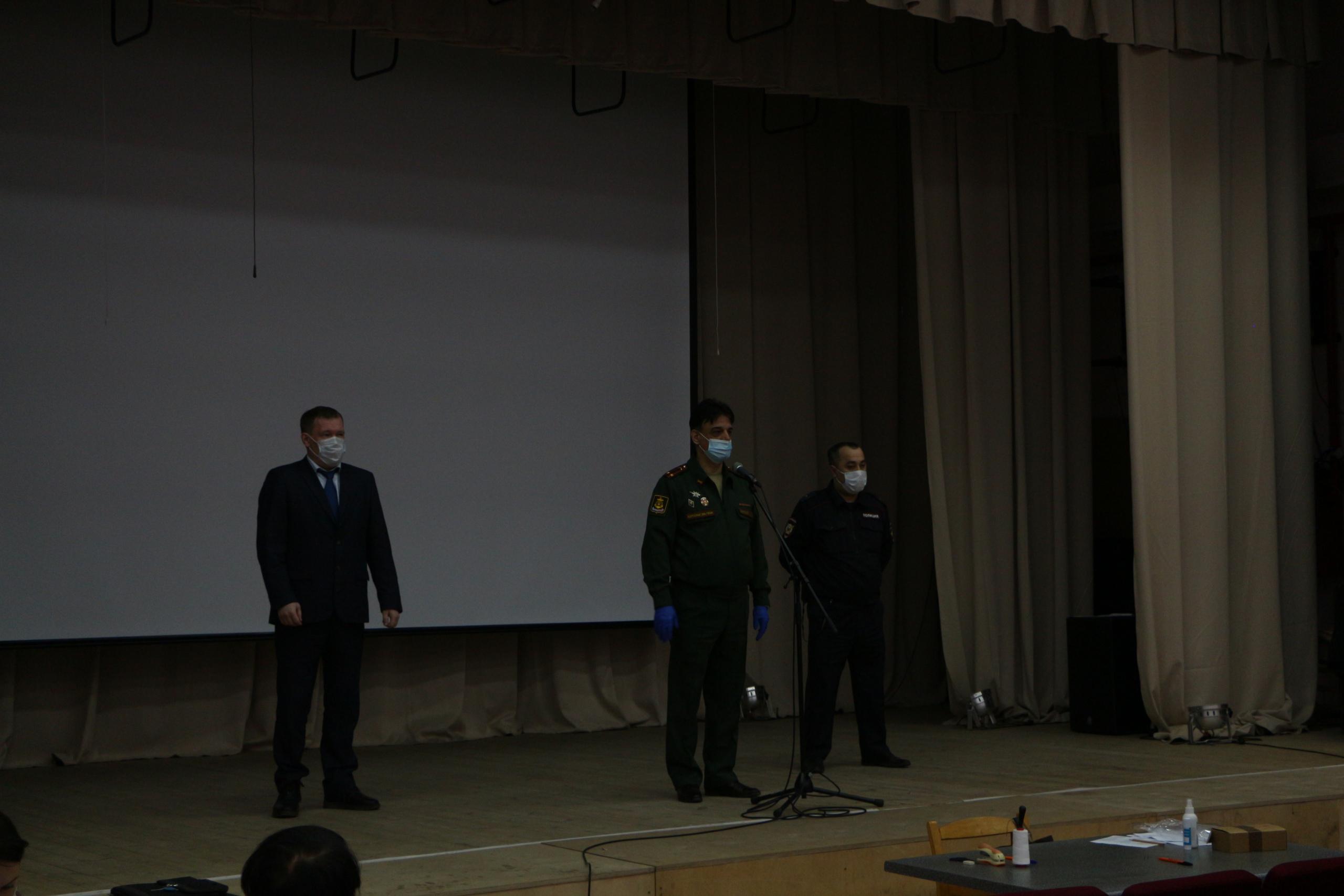 Молодые Удорцы готовятся отправиться на службу в армию