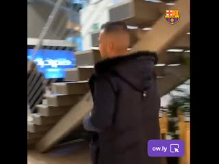 Camp nou - players are here!