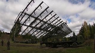 Работа расчета РЛС «Небо-М» в ходе тренировки сил ПВО и РТВ на Урале