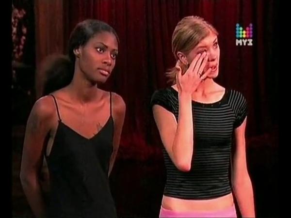 Тайра Бэнкс впервые кричит Топ модель по американски 4 сезон Секс девушки